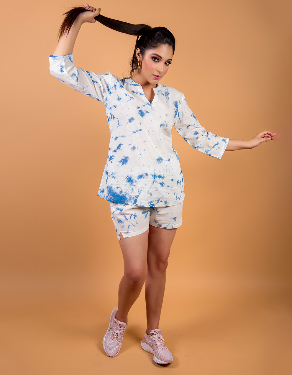 Blue cotton top with short