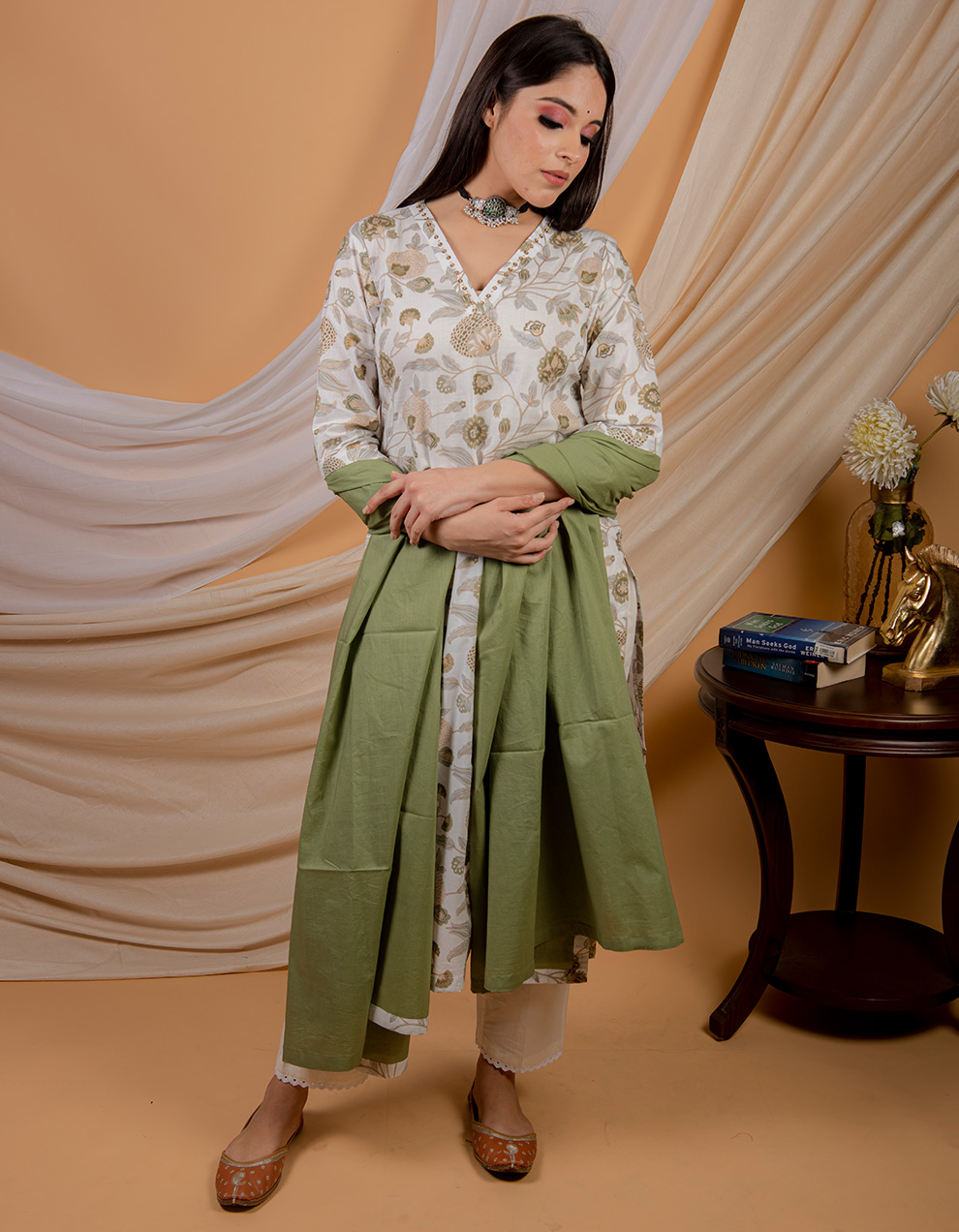 Green cotton dupatta