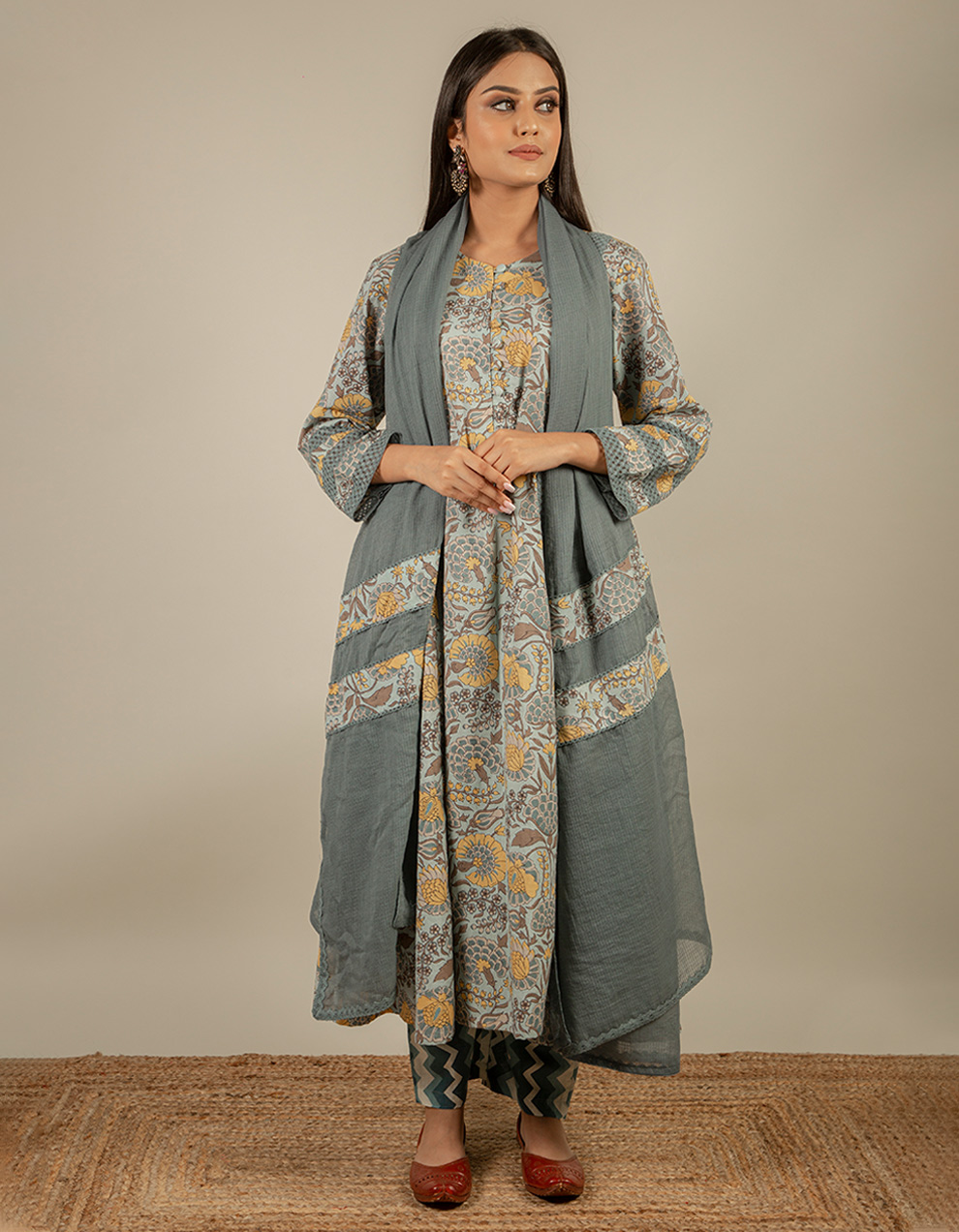 grey Fabric Cotton Dupatta with Lace