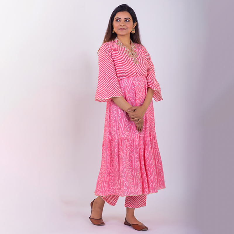 Light Pink hand embroidered tiered bandhani cotton kurta with pallazzo and dupatta - Set of 3