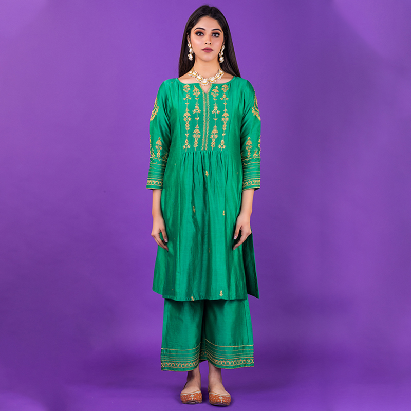 Green hand embroidered chanderi silk kurta with silk pallazzo and organza dupatta- Set of 3