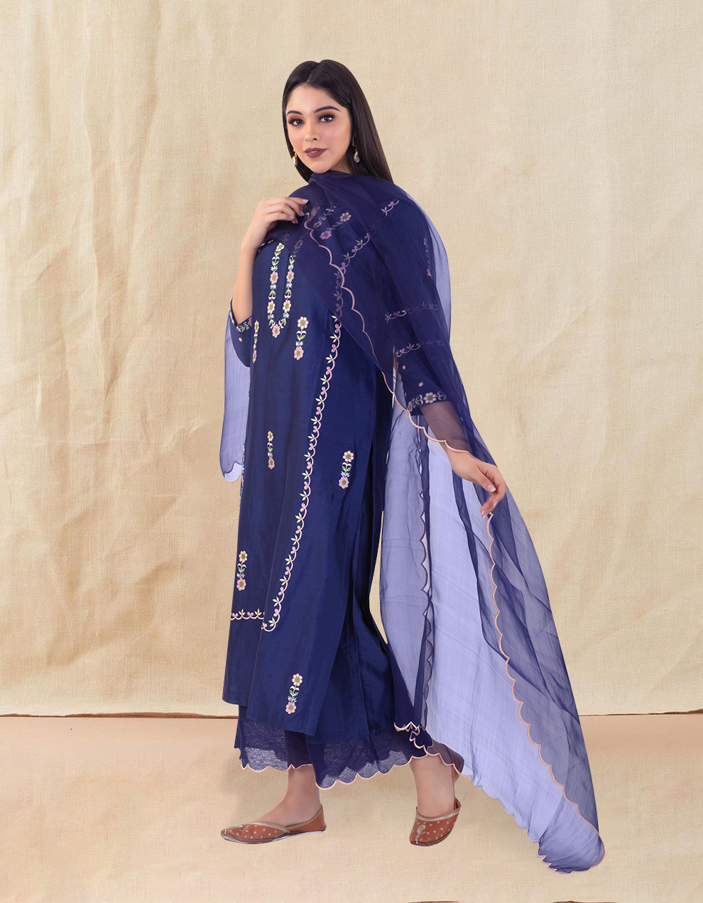 Blue embroidered chanderi silk kurta