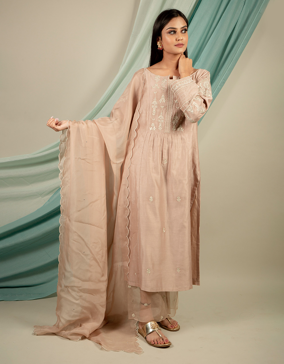 Silk kurta with silk pants and organza dupatta designs online from top brands at best price